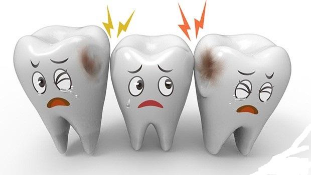آسیب نوشابه های سودا به دندان های ما چقدر است؟